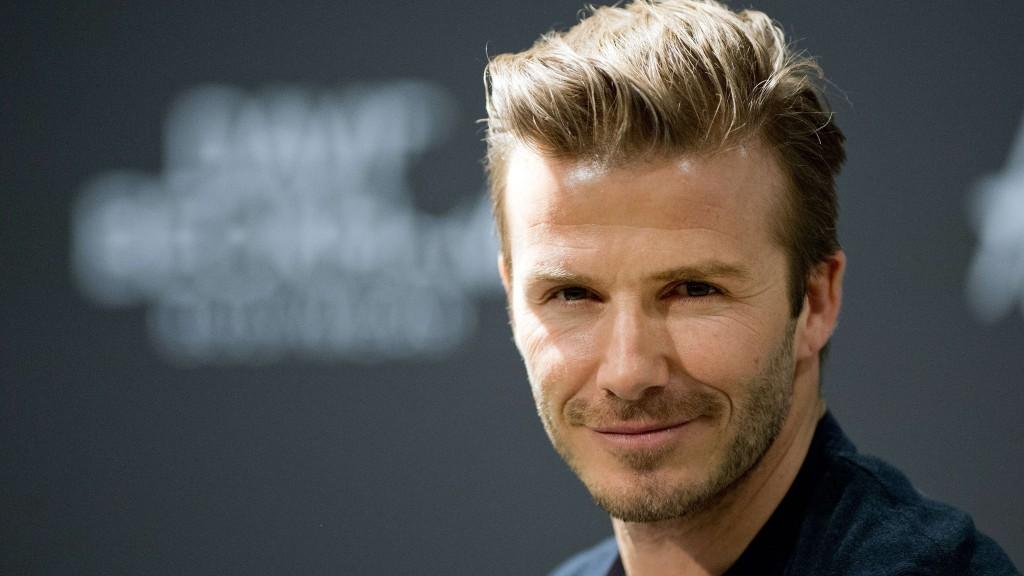 Hombre gasta miles en dólares para tener un parecido a David Beckham